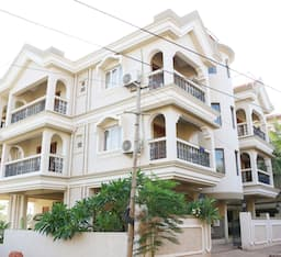 Hotel TG Stays Behind Mandovi Clinic