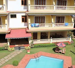Hotel The Village Inn