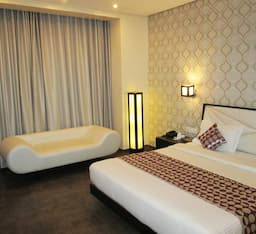 The ND Hotel, Chandrapur