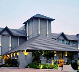 Hotel Pramod Convention & Beach Resort