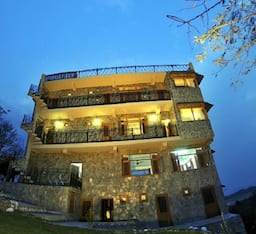 Hotel Lodge At Pong