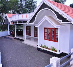 Hotel TG Stays Off Munnar Kumily Highway