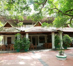 Hotel Gowri Heritage Residence