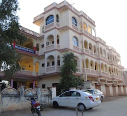 Hotel Pushkar Lake Palace