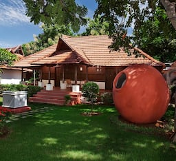 Hotel Green Meadows Resort (ECR)