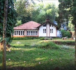 Hotel Hillyside Homestay