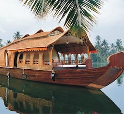 Hotel ATDC House Boat