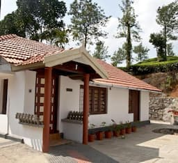 Hotel Maple Oak Holiday Home
