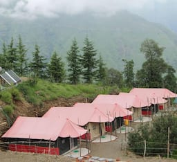 Hotel Snow Trails Camp