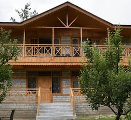 Hotel Urvashis Retreat