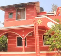 Hotel Red House
