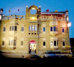 Hotel Moonlight Resort ( KHURI )