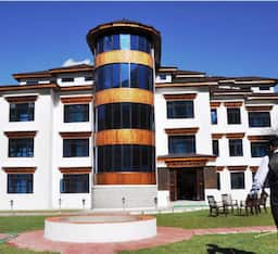 Hotel The Highland Mountain Resort And Spa, Kargil