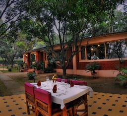 Hotel Baghaan Orchard Retreat, Garhmukteshwar