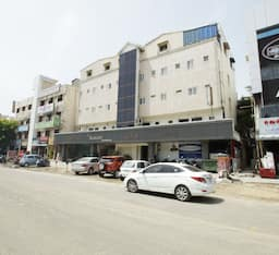 Hotel The Kanchi Residency