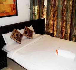 Hotel TG Stays Old Airport Exit Road