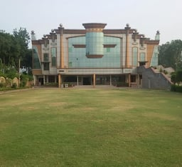 Hotel Valliya Resort