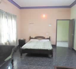 Hotel Welcome Tourist Home
