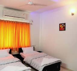 Hotel STAYMATRIX Service Apartment @ Prahalad Nagar(750)