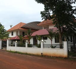 Hotel Lake Gardens resorts