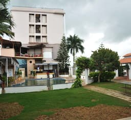 Hotel Sai International