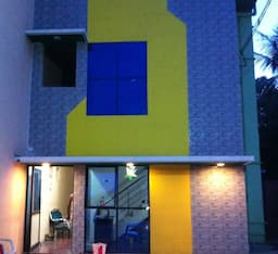Hotel TG Stays West Street