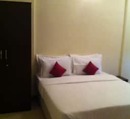 Hotel STAYMATRIX Service Apartment @ Kandivali West(927)