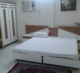 Hotel STAYMATRIX Service Apartment @ Bandra West(938)