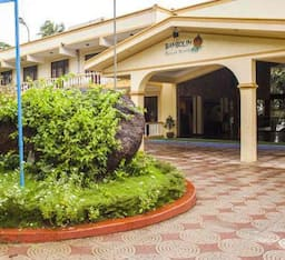 Hotel Bambolim Beach Resort