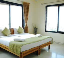 Hotel STAYMATRIX Service Apartment @ Kalanagar, Bandra East(924)