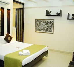 Hotel STAYMATRIX Service Apartment @ Kherwadi, Bandra East(923)
