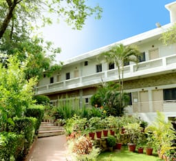 Hotel Rising Sun Retreat, Mount Abu
