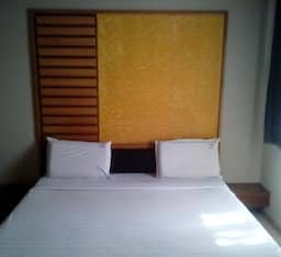 Hotel Tree Top Residency