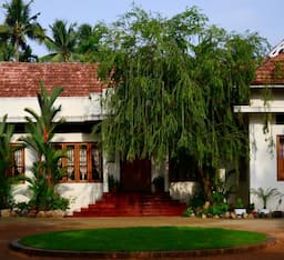 Hotel Silvermoon Heritage Homestay