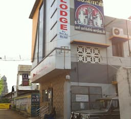 Hotel K.S. Lodge