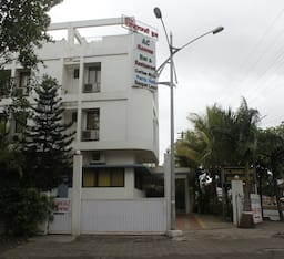 Hotel Excellency Inn