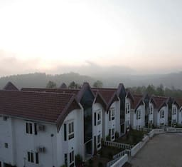 Hotel Golden Nest Resorts