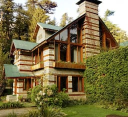 Hotel Retreat Cottages