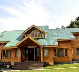 Hotel Kolhai Green Resort
