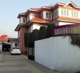 Hotel Brooklands, Srinagar