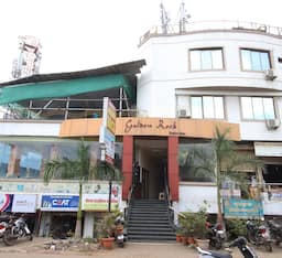 Hotel Golden Rock, Pune