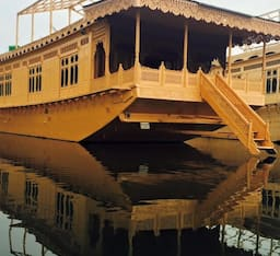 Hotel Monarch Houseboat