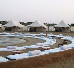 Hotel Desert Safari Experts (Royal DVR)