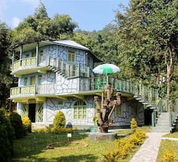 Hotel Dhardo Retreat & Resort