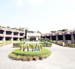 The Claremont Hotel & Convention Centre, New Delhi