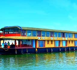Hotel Aqua Holidays House Boat