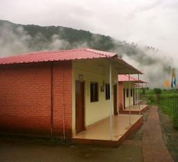 Hotel Yamunotri Cottages
