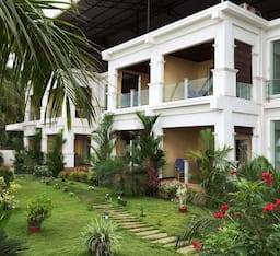 Hotel Blue Waters