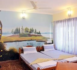 Hotel Seashell Harish Beach Home