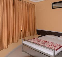 Hotel Kings Lodge, Osmanabad